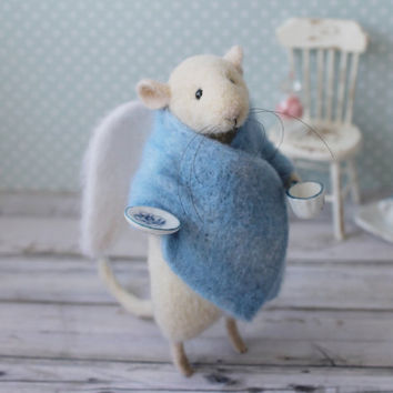 Angel Mouse, Felted mouse, White Mouse, Needle Felted Mouse, Needle Felted Animal