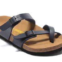 Newest Hot Sale Mayari Birkenstock Summer Fashion Leather Beach Lovers Slippers Casual Sandals For Women Men Couples Slippers color Blue size 34-45