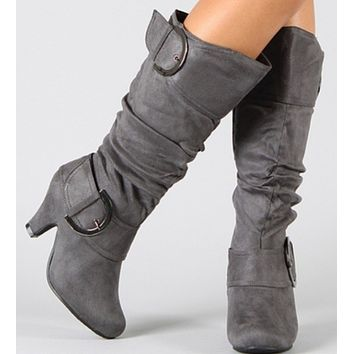 Hot style is a hot seller of high heel insulated boots.