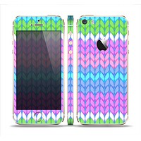 The Bright-Colored Knit Pattern Skin Set for the Apple iPhone 5s