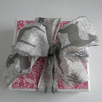 Cyber Sale!! Two Tone Pink Sparkly 4 Coasters Set  GREAT GIFT IDEA!  Kitchen