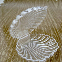 Clear Plastic Clam Shell Favor Boxes for Mermaid Party or Special Event - Set of 8