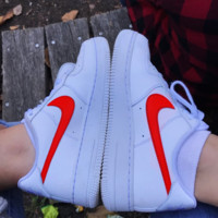 Classic Legend Sneakers NIKE Air Force 1 Fashion Breathable Running Sneakers Sport Shoes B Red hook