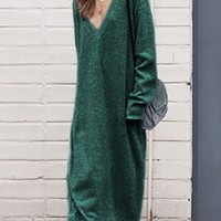 Green V-neck Long Sleeve Knit Dress