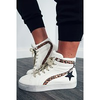 Catch The Vibe Sneakers: White/Multi