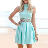 Light Blue Sleeveless Waist Lace Pleated Mini Dress