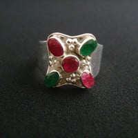 5 Stone Oval & Round Cut Shaped Bezel Set Genuine Gemstone Indian Rubies Emeralds Red Ruby and Green Emerald 925 Silver Ring Size 8.5 4.4grm