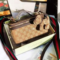 GUCCI fashion casual lady GG full printed dog accessories hand-held box bag