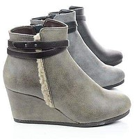 Gummy By Classified, Wedge Zip Up Ankle Bootie