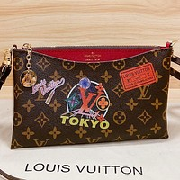 Hipgirls LV New fashion monogram print leather shoulder bag crossbody bag Coffee