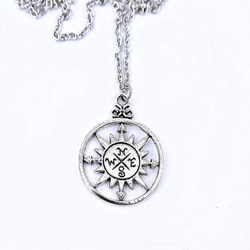 Unisex Compass Engraved Silver Customizable Choker Necklace Earrings