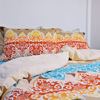 Moroccan Damask Bedding Set in Brown, Brick Red, Yellow, Blue for Queen or Full – 6-piece Set of Duvet Cover, Sheet, Shams & Pillow Cases