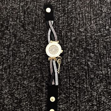 Rhinestone Analog Bracelet Watch