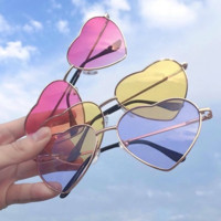 Heart Shape Mental Frame Sunglasses