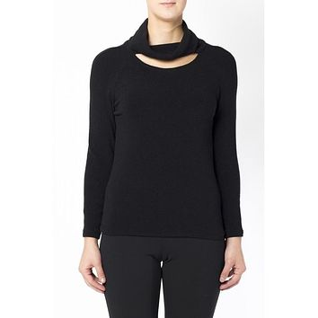 Shirt in wool and black angora with high neck and oblong neckline