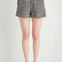 Vintage Inspired Short Length I Think, Therefore I Gingham Shorts in Black