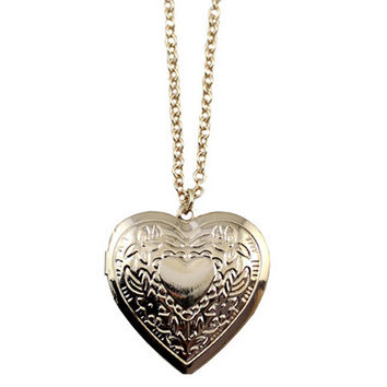 Vintage Heart Pendant Necklace