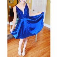 Short Cocktail Party Dresses 2017 V Neck Satin Beaded Sequins Prom Graduation Gowns Cheap Sexy robe de cocktail vestido curto