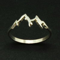 Sterling Silver Mountain Range Ring - Camping Gift, Mountain Biking, Nature Motivation Jewelry, Hiking, snowboard lover, ski lover gift,Peak