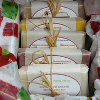 10 Oz box of handmade soaps - ready to give - Cold process natural handmade soaps - Paraben and EDTA free