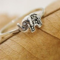 Cute Elephant Ring from Bblythe