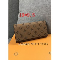 LV tide brand female models wild classic clutch bag long flip wallet brown