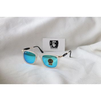 MUST HAVE Ray-Ban SUNGLASSES EXCELLENT GOOD CONDITION FOR MEN WOMEN SEA BLUE