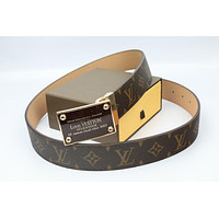 Louis Vuitton Woman Men Fashion Smooth Buckle Belt Leather Belt Skin Belts LV Beltt493