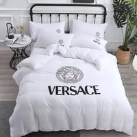White VERSACE Blanket Quilt coverlet Pillow shams 4 PC Bedding Set