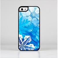 The Winter Abstract Blue Skin-Sert for the Apple iPhone 5-5s Skin-Sert Case