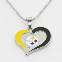 New Arrival 10pcs Pittsburgh Steelers Football Team Heart Necklace Pendant With 50cm Chains Necklace DIY Jewelry Sports Charms