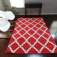0418 Crimson Red Trellis Area Rugs
