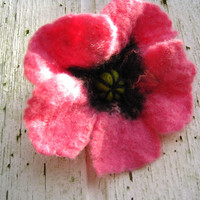 Felted Flower Brooch,Wool Felt Jewelry Pink Poppy Hand Made Mother Gift