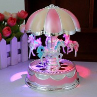 LED Light Vintage Carousel Music Box Plastic Merry-Go-Round Crystal Music Box Valentine's Day Gift Home Decor muziekdoos & ST87