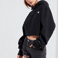 Champion & UO Cropped Hoodie Sweatshirt | Urban Outfitters