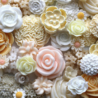 25pc white and ivory tones flower cabochon mix, a lot of mixed cab sizes and styles to make earrings, rings, and hairpins