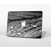 """The Grayscale Watered Leaf Skin Set for the Apple MacBook Pro 13"""""""