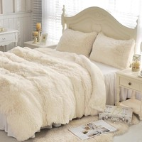 Cabin Bedding, Plush Fleece & Flocked Bedding Duvet Cover Set