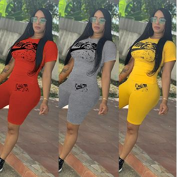 NIKE Newest Hot Sale Woman Fashion Print Short Sleeve Top Shorts Set Two Piece Sportswear