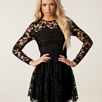 Ponte Banding Lace Dress, House of Dereon