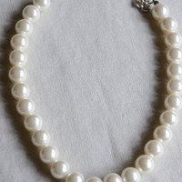 Vintage faux pearl necklace vintage large glass pearl necklace 1950's pearl necklace bridal pearl necklace choker from The Jewelers Wife.
