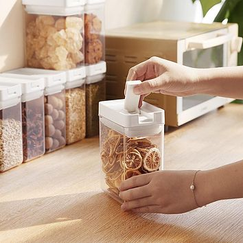 Japanese Food Kitchen Seal Pot Plastic Transparent Moistureproof Refrigerators Receive A Case Grain Square Storage Tank