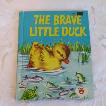 Vintage Brave Little Duck Story Book 50's Wonder Books Colorful Illustrations Kids Childrens Bedtime Story Book Paper Ephemera