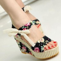 Women' Sandals Floral / Solid Summer Wedge Sandals With  Ribbon Tie Closure