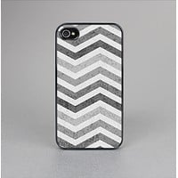 The Gray Toned Wide Vintage Chevron Pattern Skin-Sert Case for the Apple iPhone 4-4s