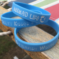 "MERMAID LIFE - Stretchy Rubber Bracelet - ""Salty Kisses & Starfish Wishes"" Glitter Font - FREE Shipping"