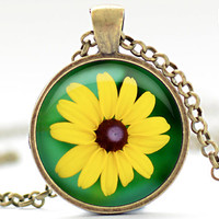Black-eyed Susan Necklace, Yellow Flower Pendant, Your Choice of Finish (1673)