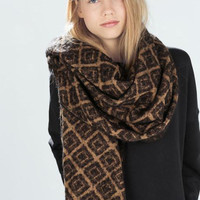 Black Checkered Fringed Scarf
