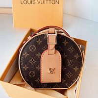 LV Louis Vuitton New fashion monogram print leather shoulder bag women