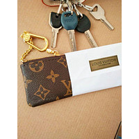 LV [Louis Vuitton] Monogram Canvas Key Pouch M62650
